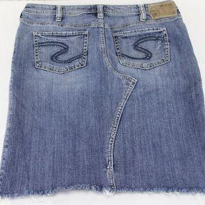 Silver Jeans Adele Jean Skirt Size 30